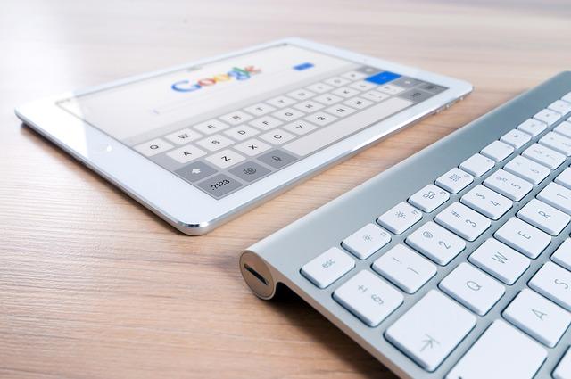 Słowa kluczowe w Google